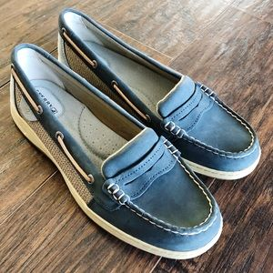 NEW Size 10 Sperry's